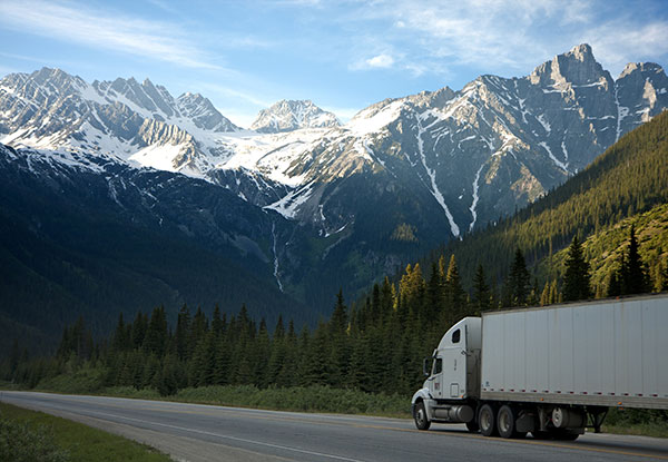 Issaquah Movers Moving Truck Mountain Pass Access Gentle Moving
